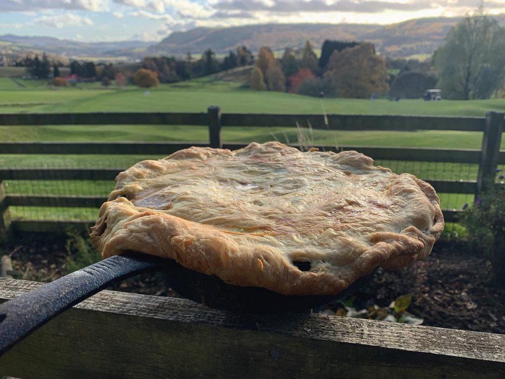 røget fasan i klassisk pie